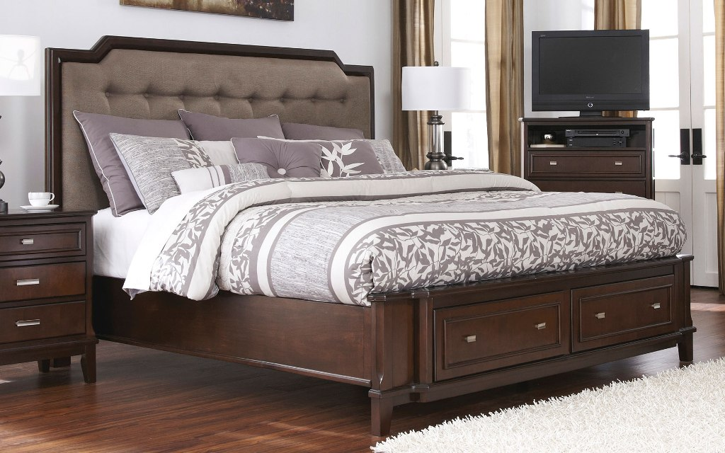 Image of: Large King Size Bed with Drawers