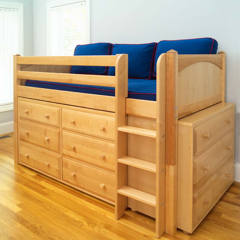 Image of: Low Loft Bed with Steps