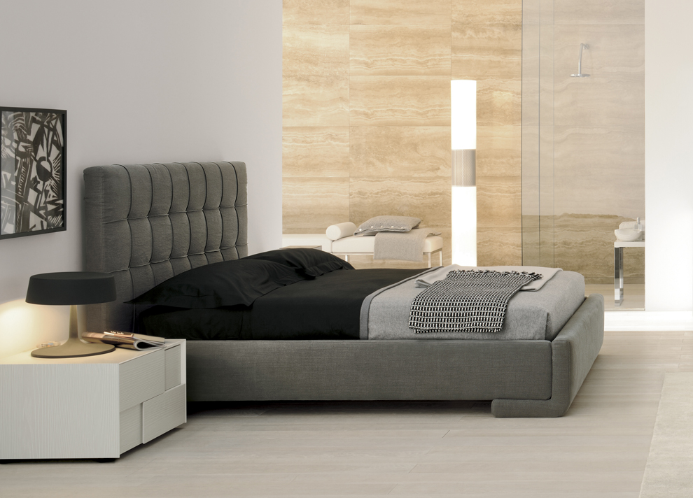 Image of: Modern King Size Upholstered Bed