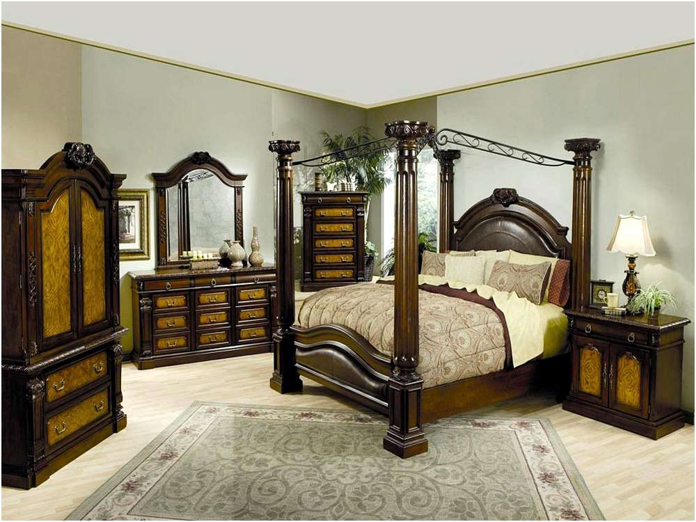 Nice King Canopy Bed