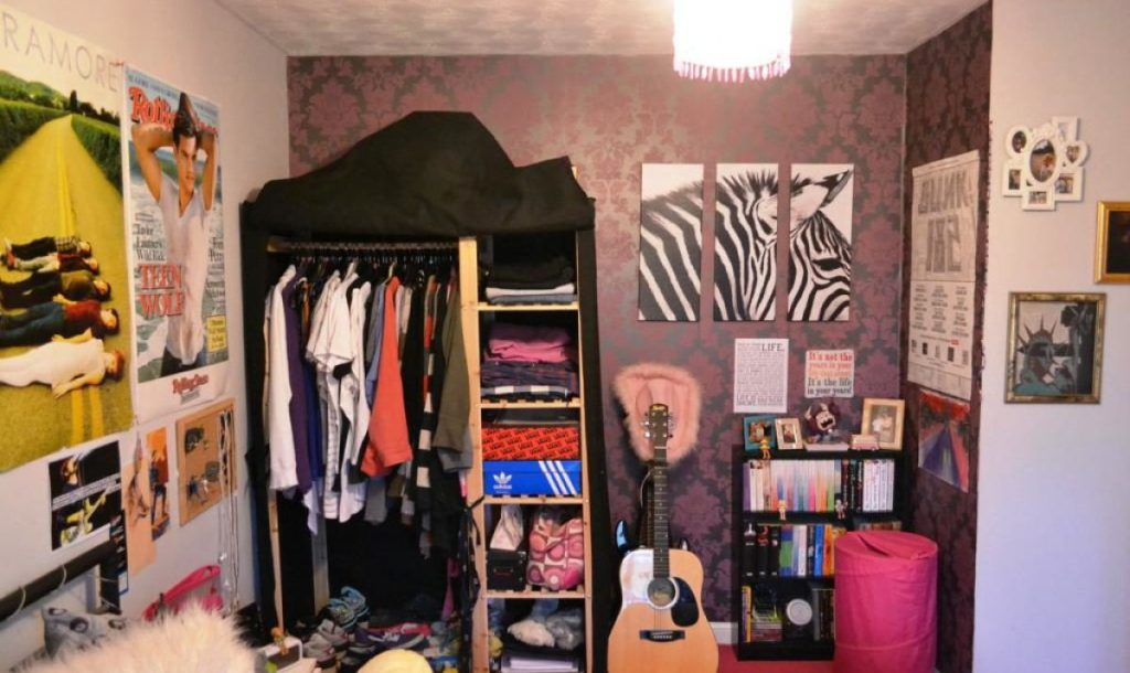 Image of: Small Indie Bedroom Ideas