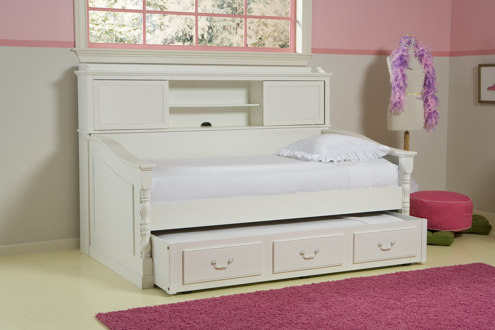 Image of: Twin Day Bed With Bookcase