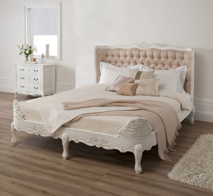 Image of: Upholstered Beds King Size