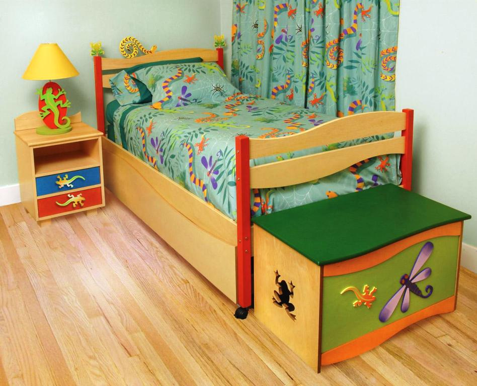 Image of: Are Twin Beds Safe For Toddlers