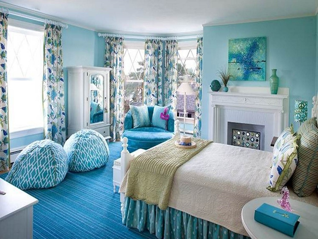 Image of: Blue And White Bedding Ideas