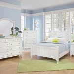 Blue And White Bedroom Decorations