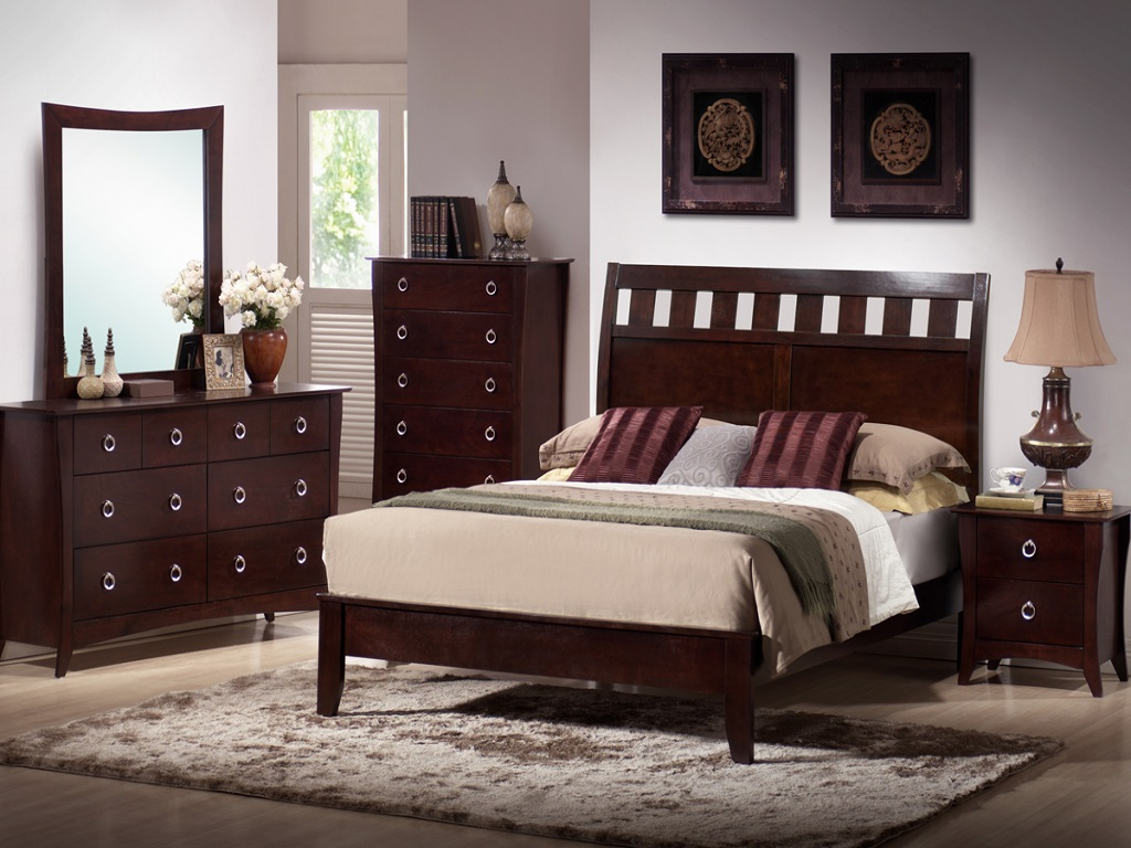 Image of: Cherry Wood Bedroom Furniture For Sale