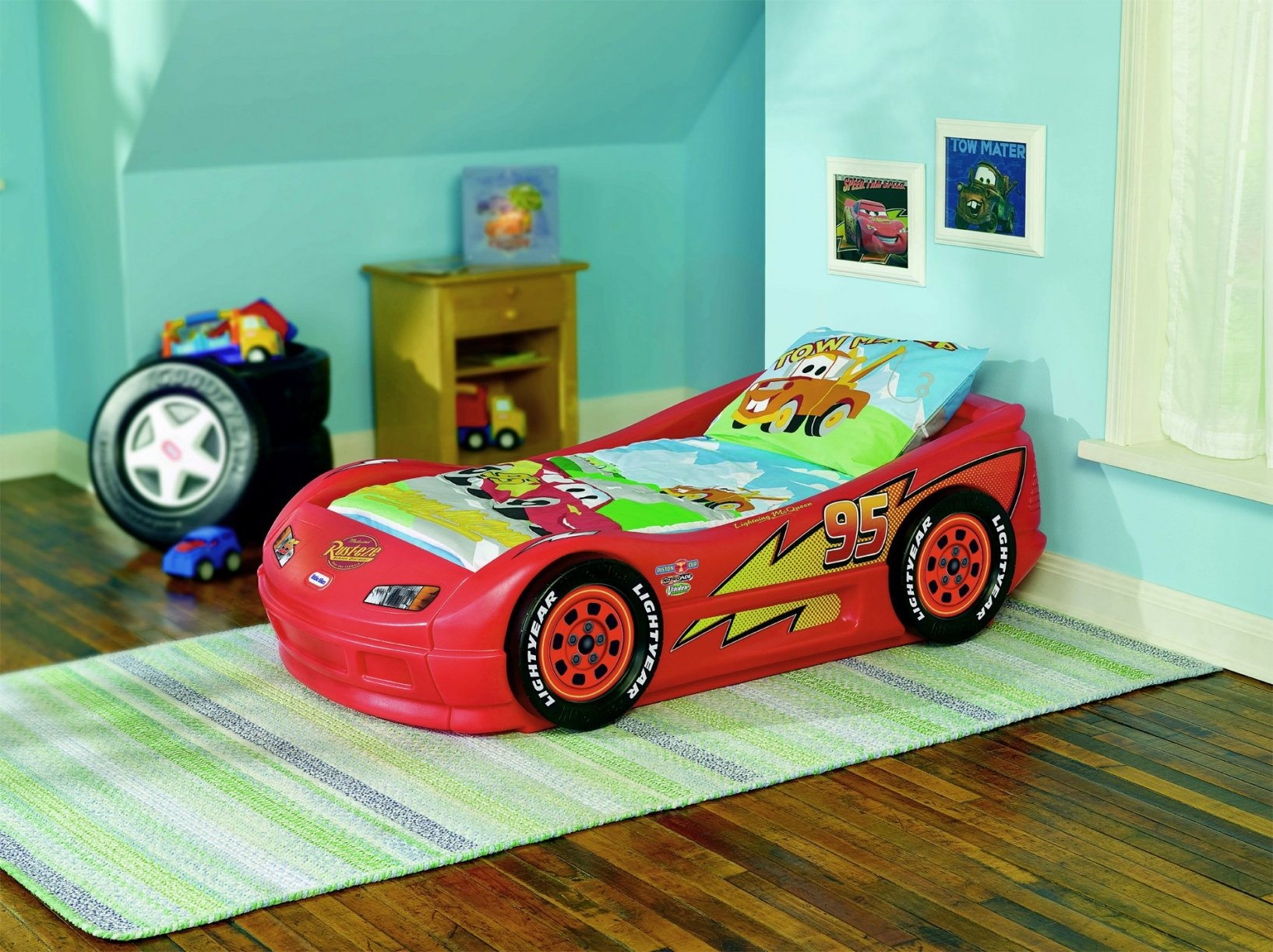 Image of: Inspirational Lightning Mcqueen Twin Bed Set