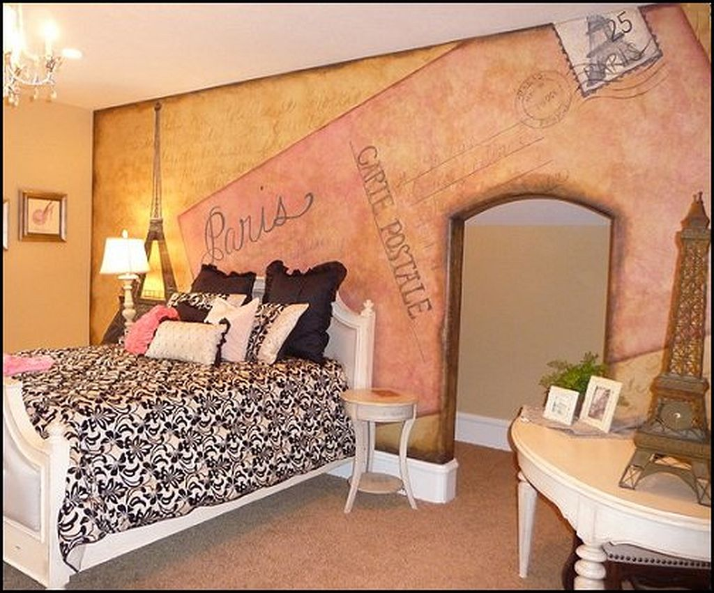 Image of: French Paris Themed Bedroom