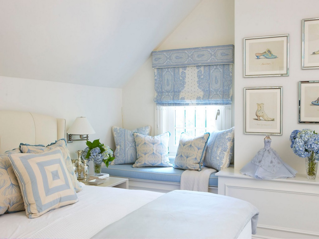 Image of: Gray Blue And White Bedroom Ideas