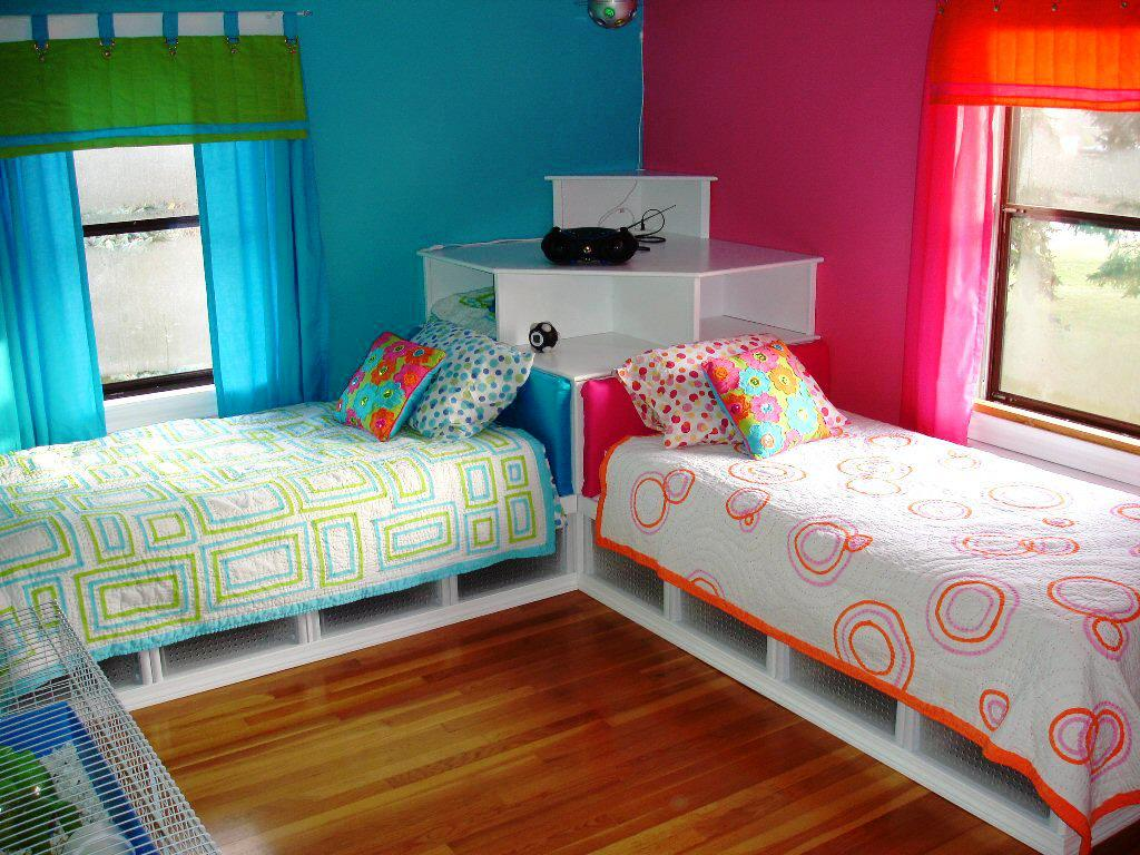 Image of: Low Twin Beds For Toddlers