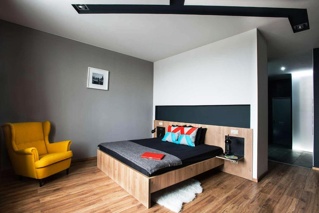 Image of: Masculine Bedroom Ideas Photos