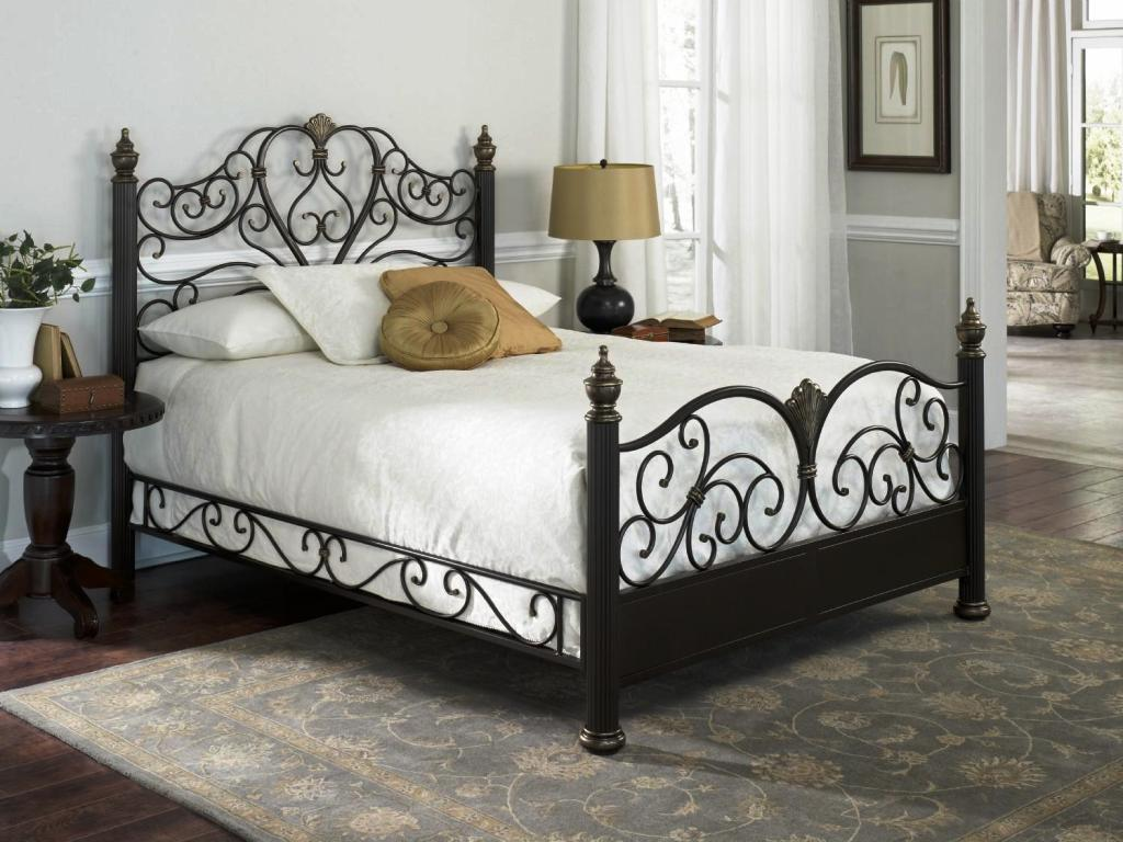 Image of: Queen Size Metal Bed Frame With Wheels