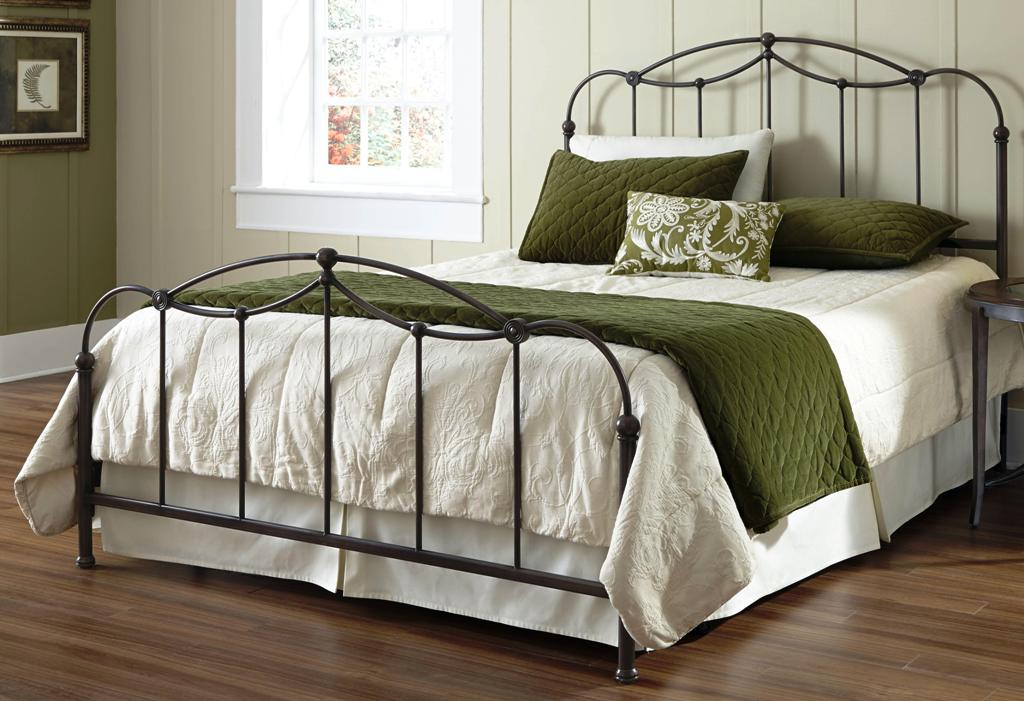 Image of: Queen Size Metal Bed Frame