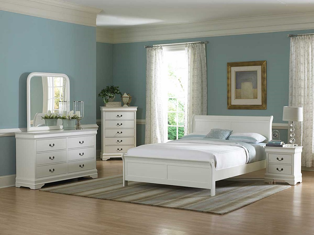 Royal Blue And White Bedroom Ideas