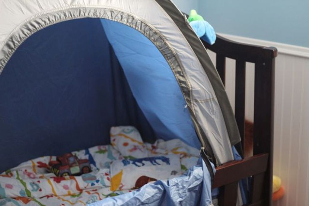 Image of: Toddler Beds Tent Safety