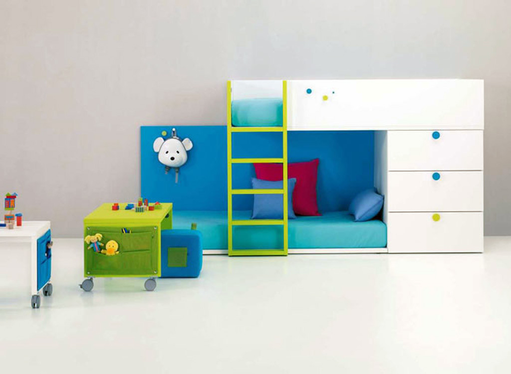 Image of: Toddler Loft Beds With Stairs