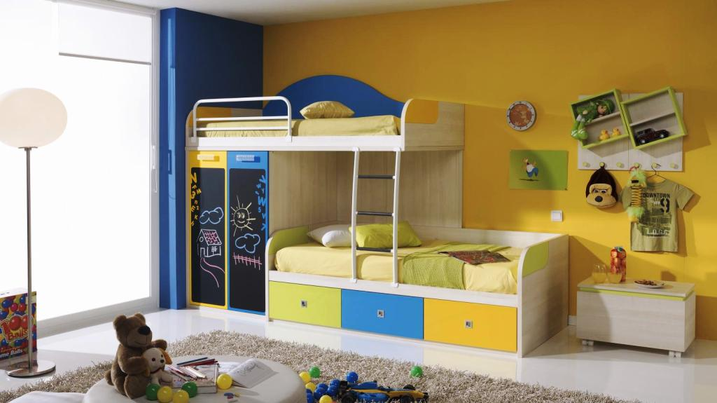 Image of: Twin Beds For Toddlers At Ikea