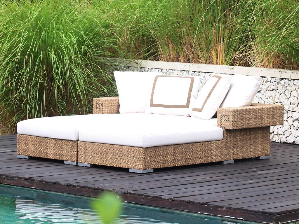 Image of: Outdoor Daybed Cushion DIY