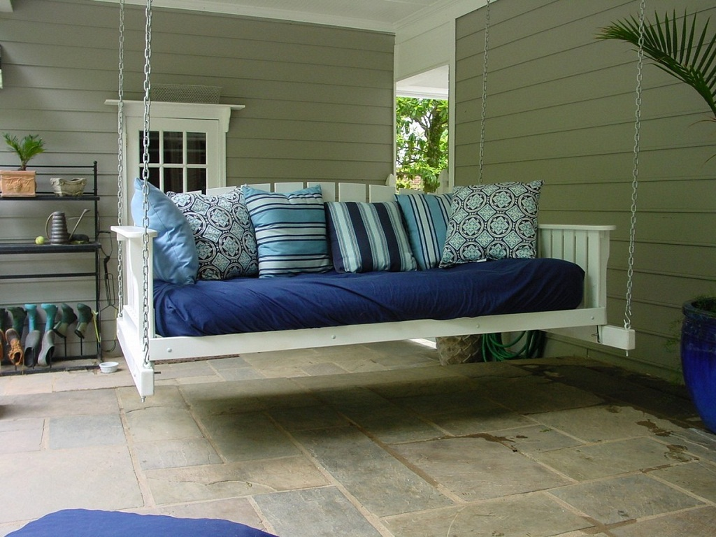 Image of: Outdoor Daybed Cushion Ikea