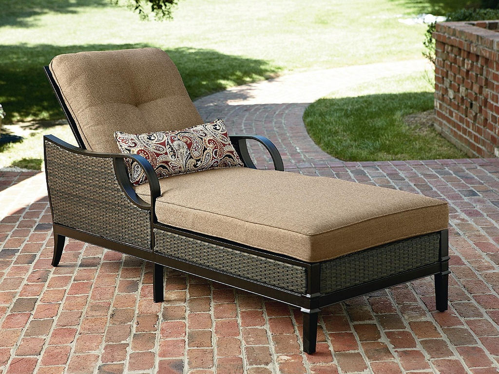 Image of: Outdoor Daybed Cushion Replacement