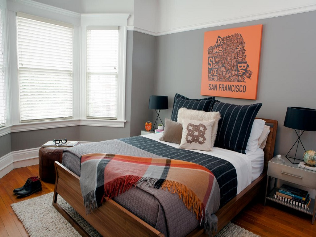 Image of: Bachelor Master Bedroom Decorating Ideas