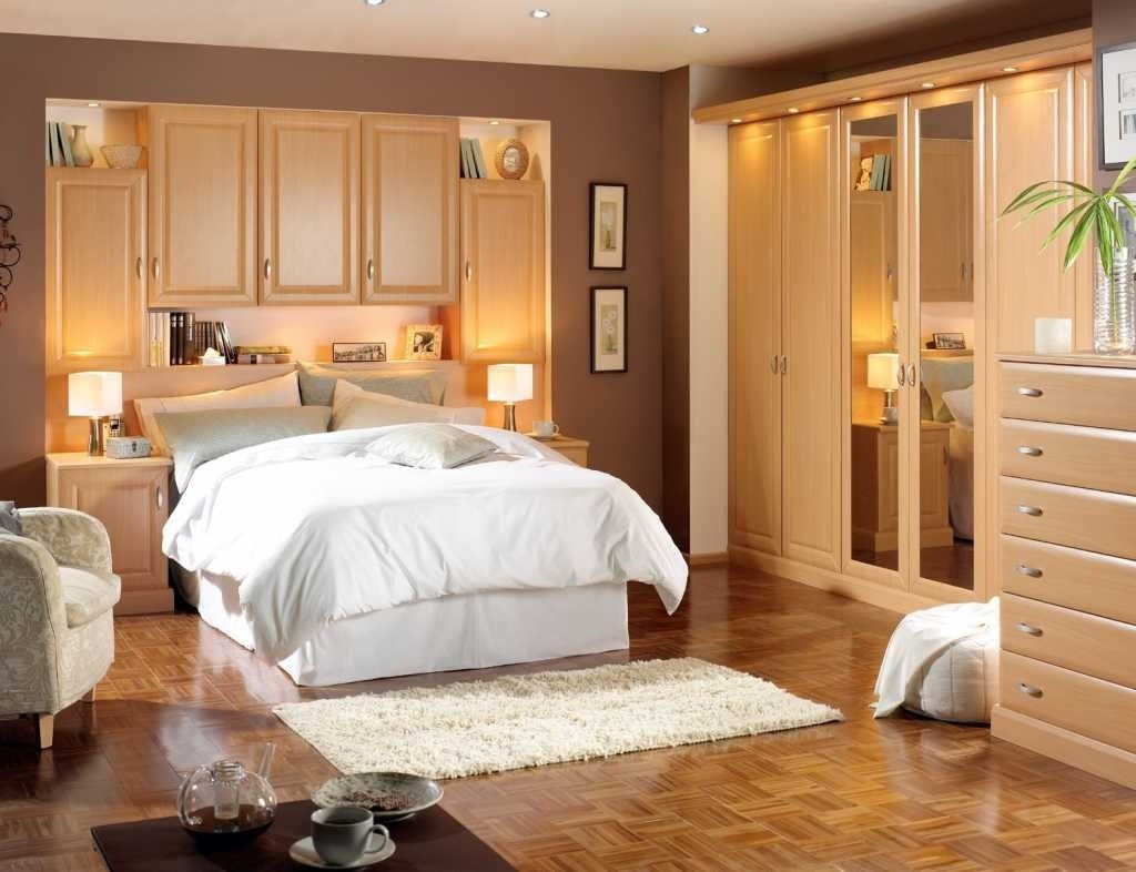 Image of: Bedroom Furniture Placement Plans