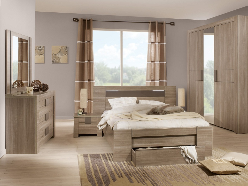Image of: Best Bedroom Furniture Placement