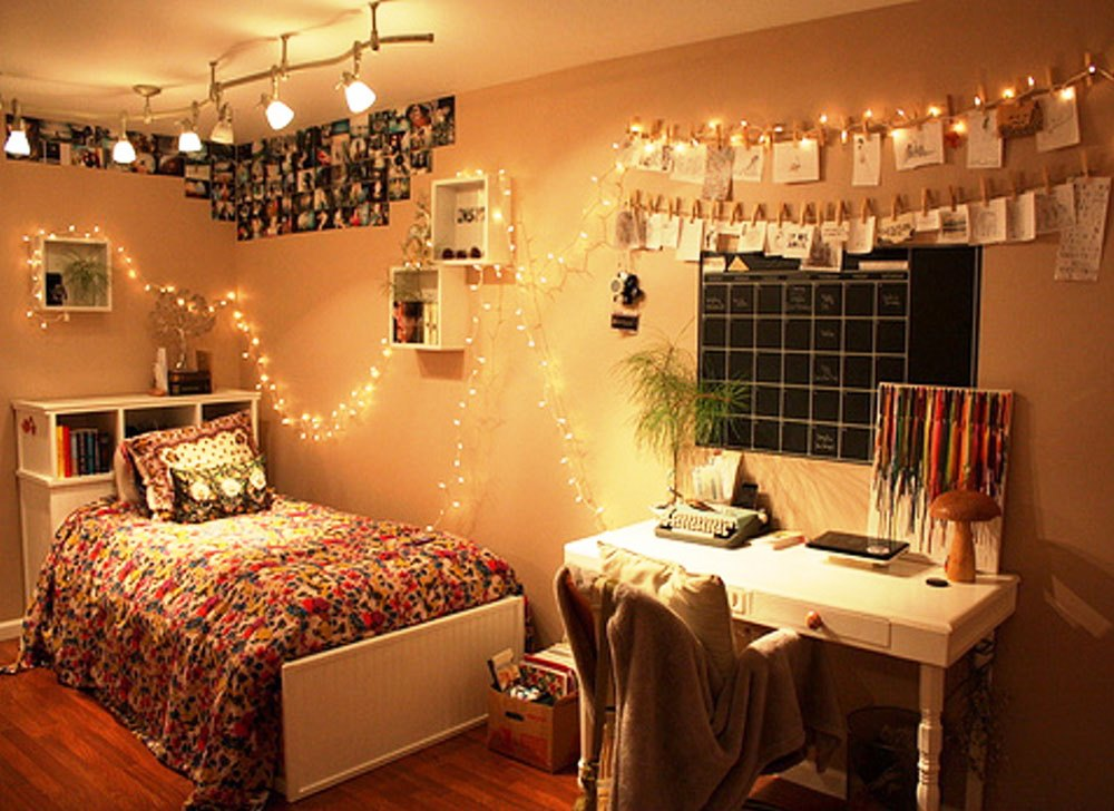Image of: Cheap Diy Bedroom Decorating Ideas