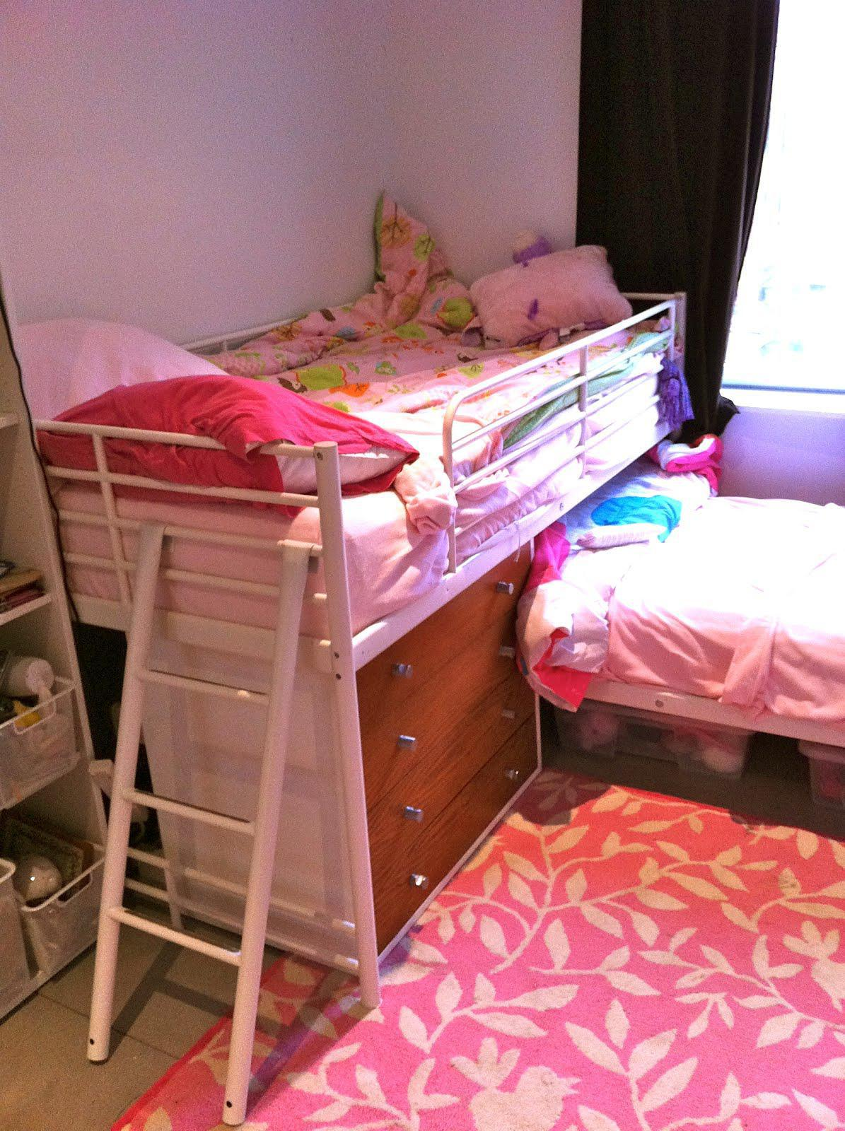 Image of: L Shaped Bunk Beds With Futon