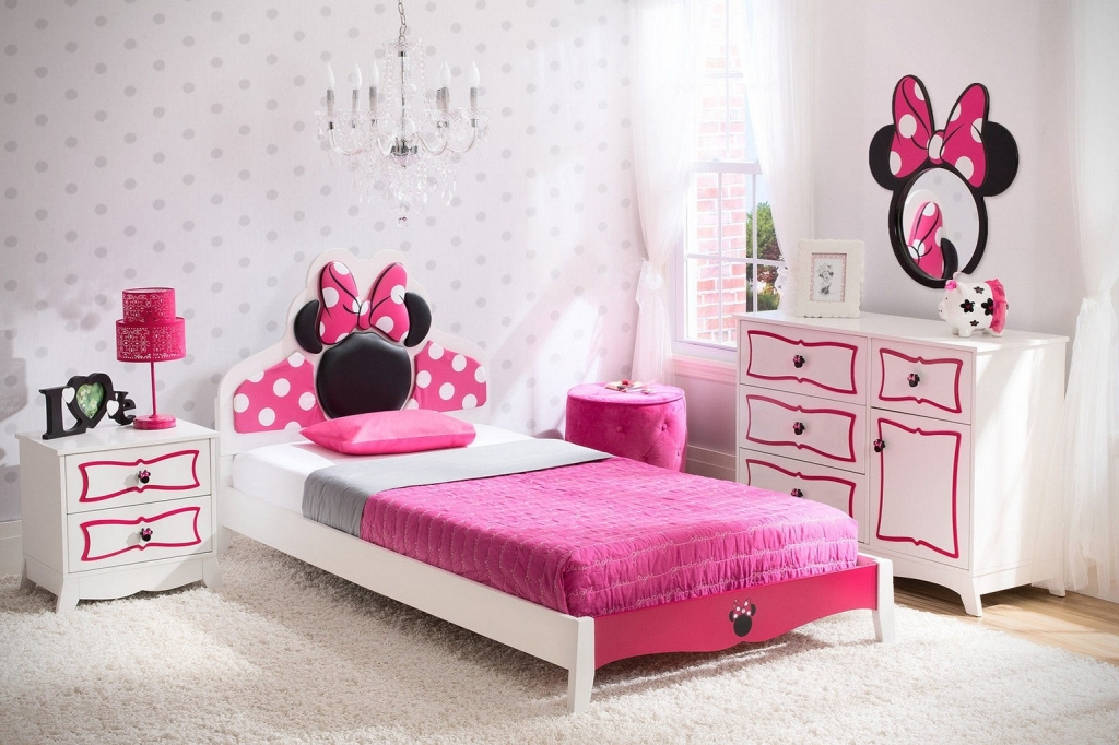 Image of: Minnie Mouse Bedroom Furniture Ebay
