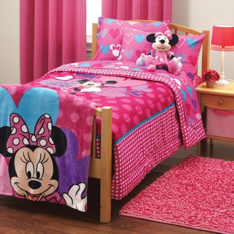 Image of: Minnie Mouse Bedroom Furniture Top