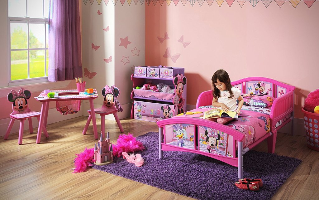 Image of: Minnie Mouse Toddler Bedroom Furniture