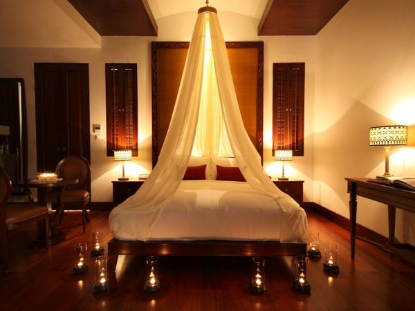 Image of: Romantic Bedroom Ideas For Small Rooms