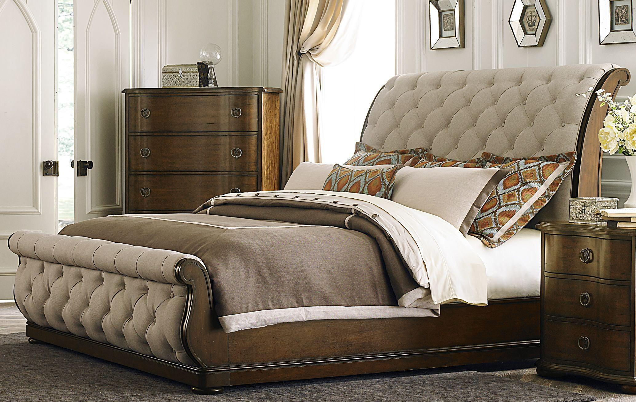 Image of: Sleigh Bedroom Furniture Antique