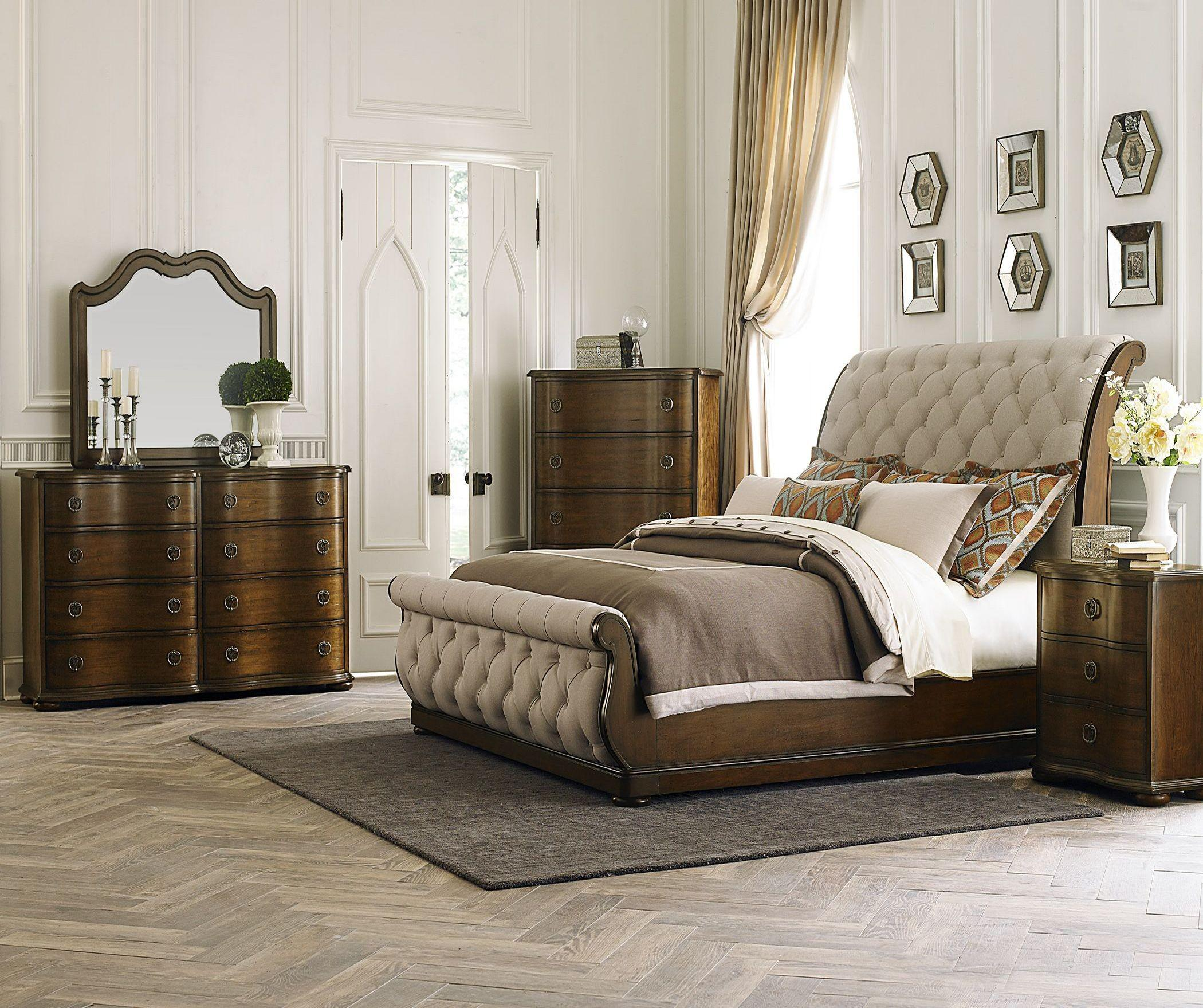 Image of: Sleigh Bedroom Sets Canada