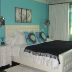 Turquoise Wall Ideas
