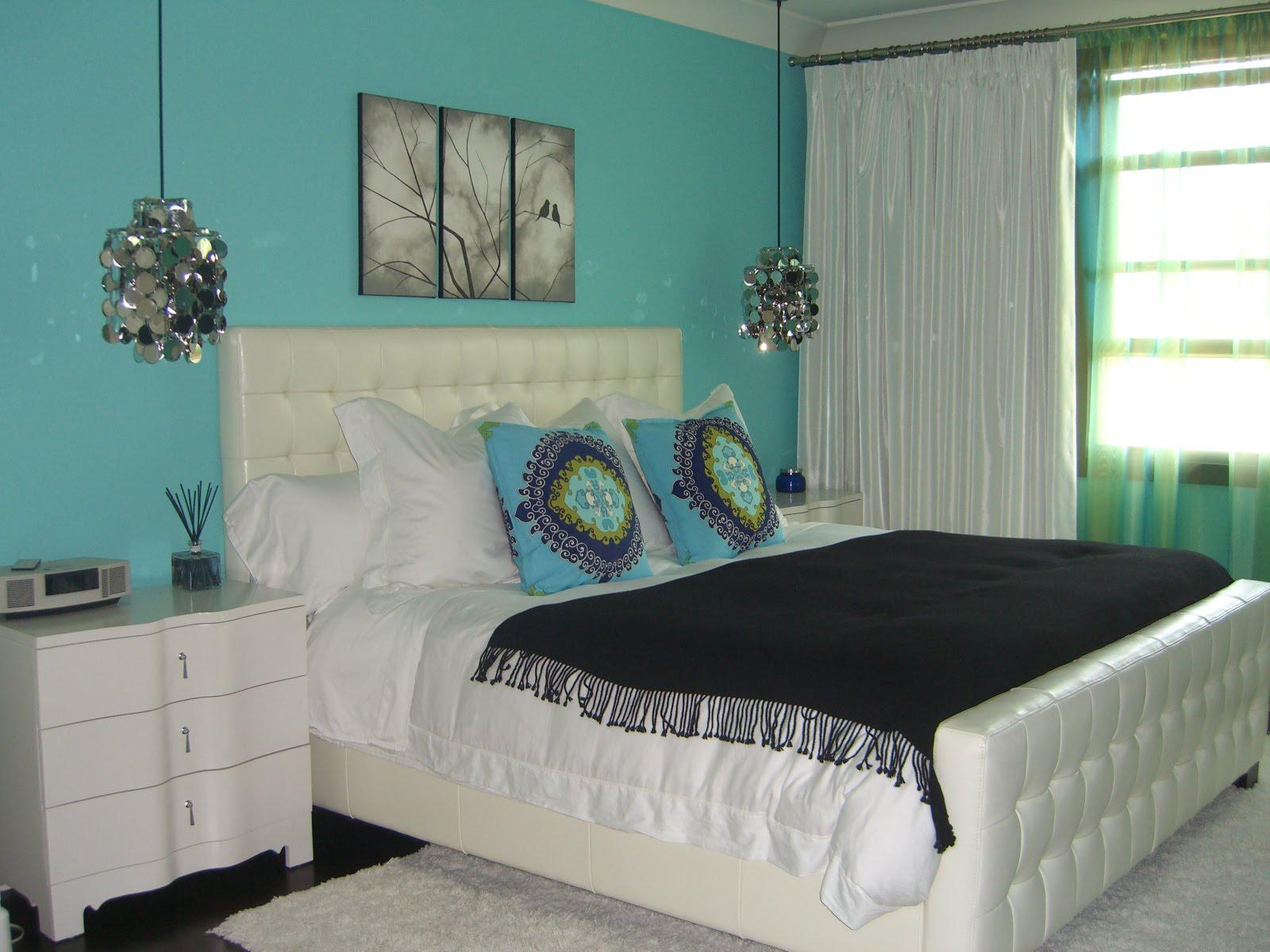 Image of: Turquoise Wall Ideas
