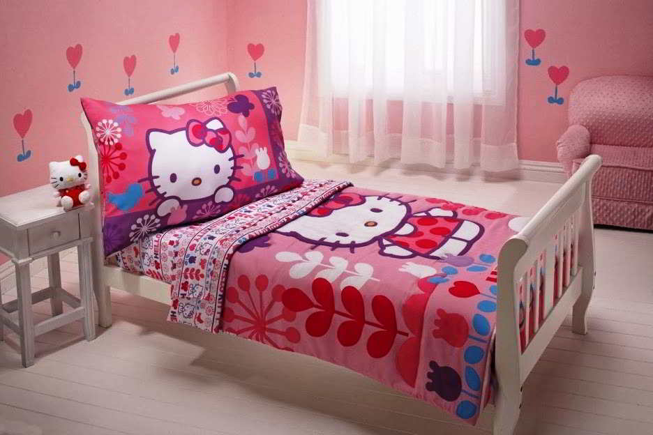 Image of: Hello Kitty Bedroom Set Toddler