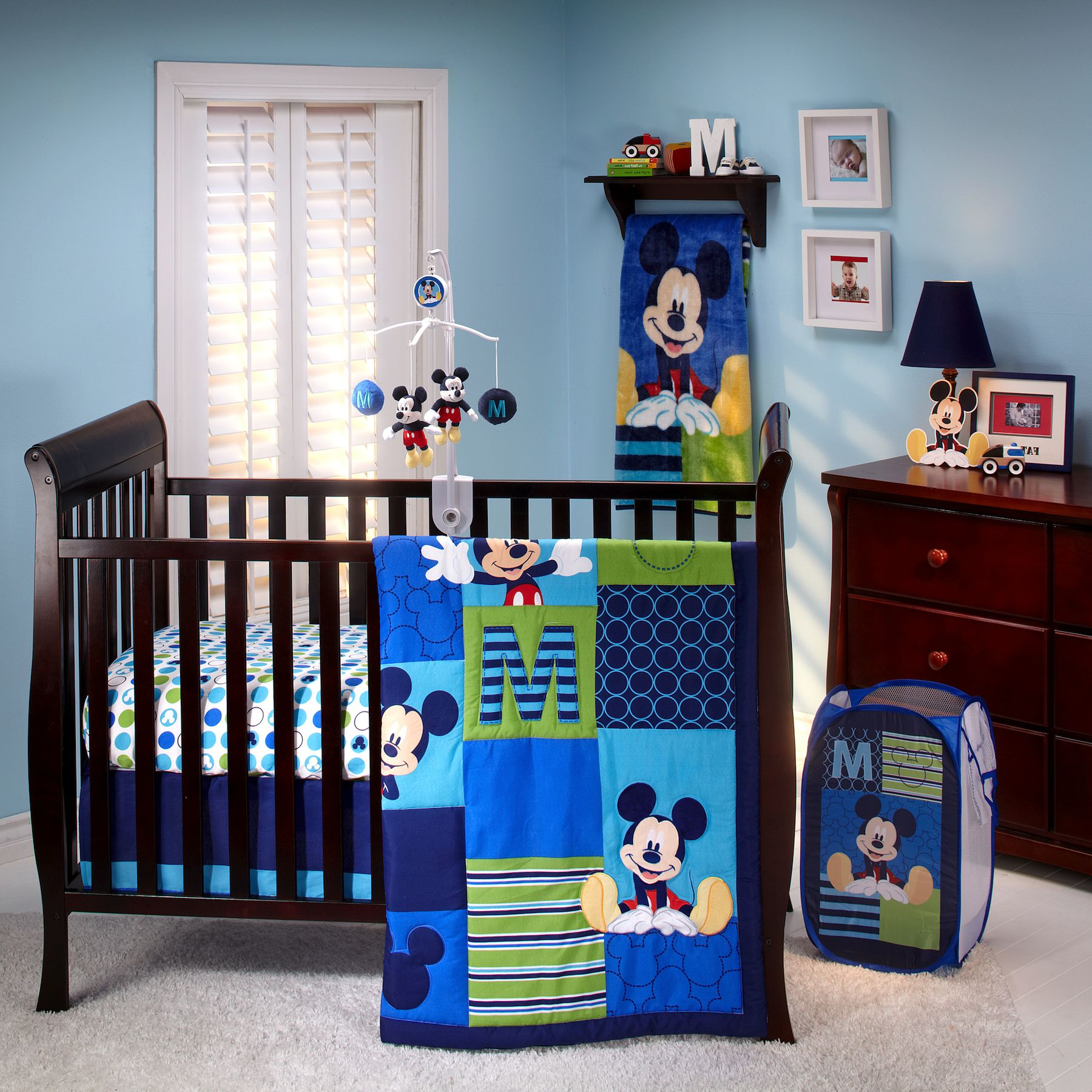 Image of: Mickey Mouse Bedding Set For Crib