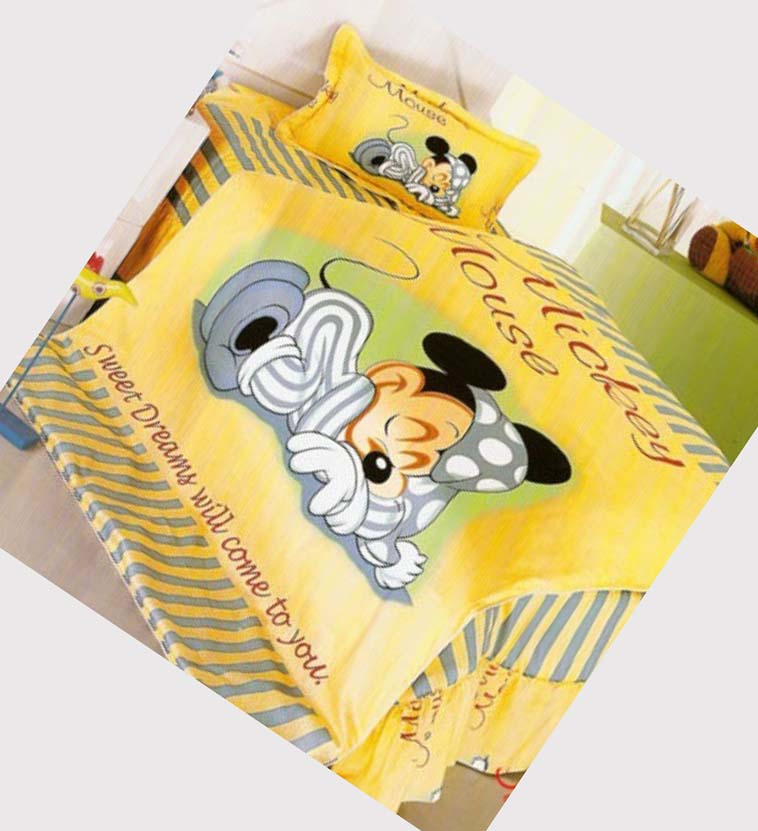 Image of: Mickey Mouse Bedding Set Twin