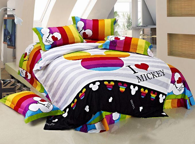 Image of: Mickey Mouse Comforter Set King