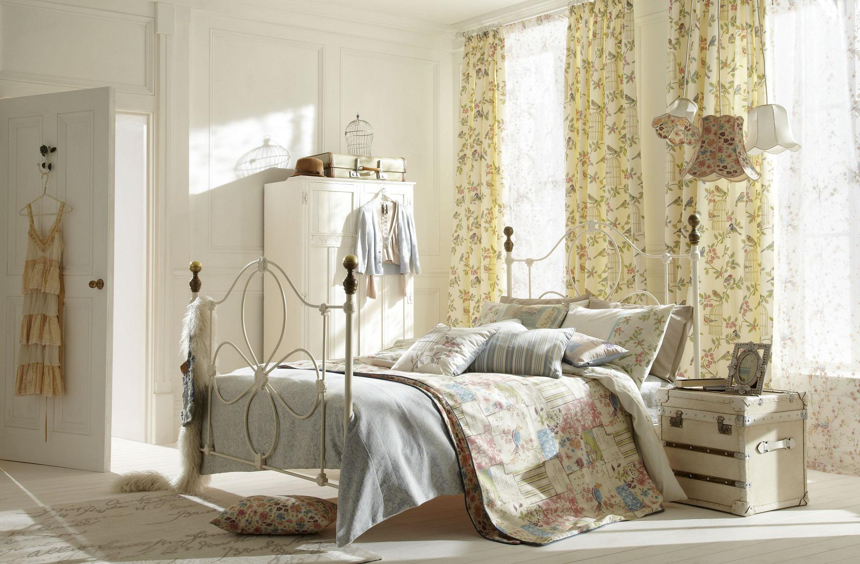 Image of: Shabby Chic Bedroom Ideas Colorful