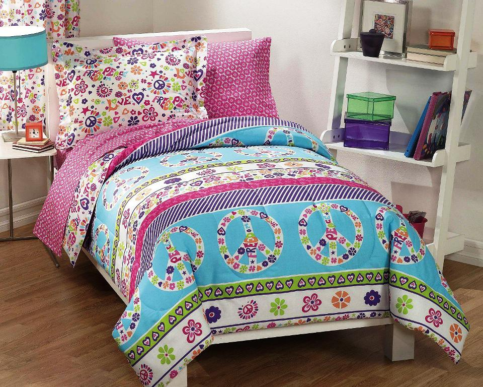 Image of: Appealing Twin Bedroom Sets For Girls