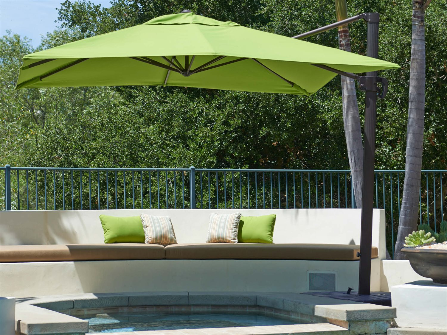 Image of: Awsome Offset Patio Umbrellas