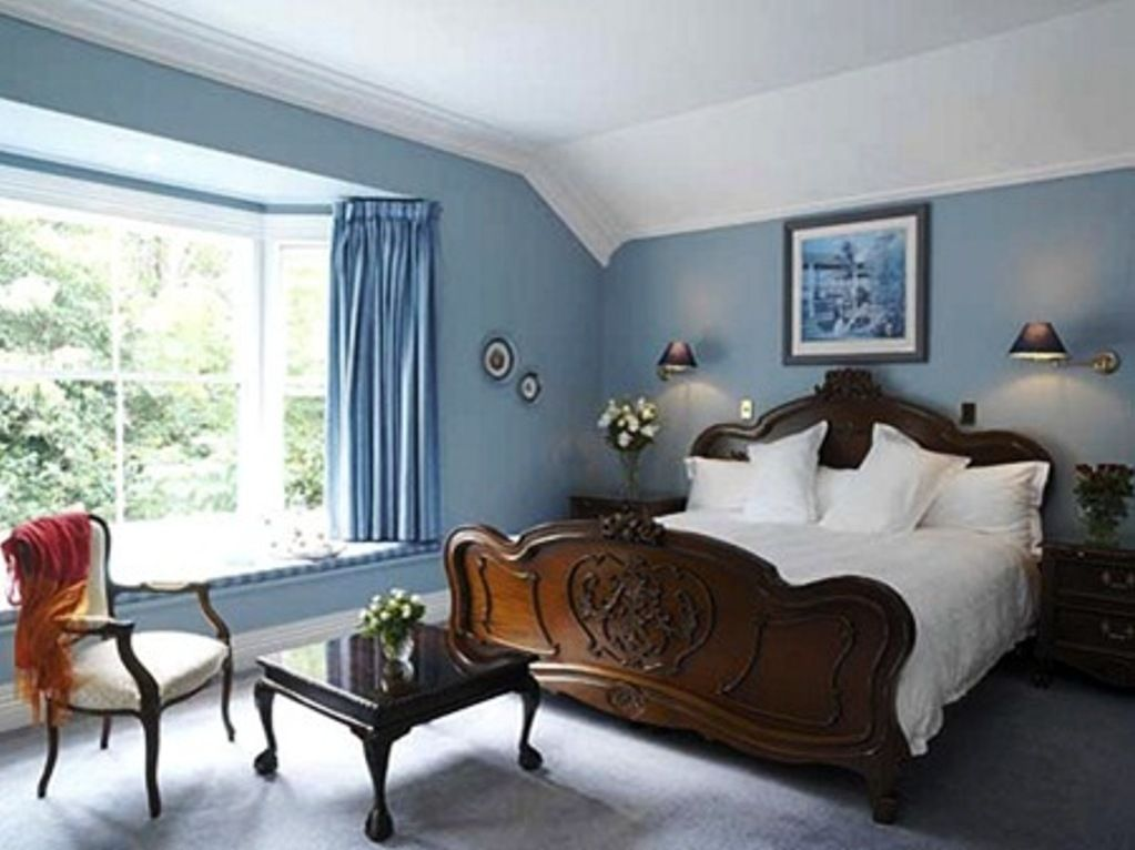 Image of: Bedroom Color Schemes Navy Blue