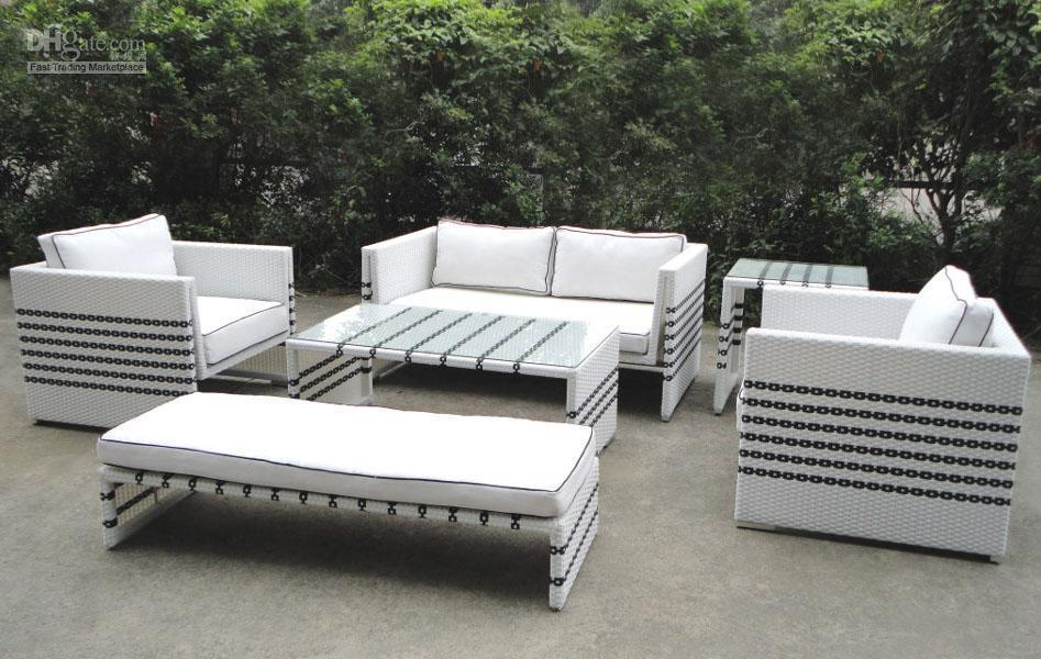Image of: Black and White Wicker Patio Furniture