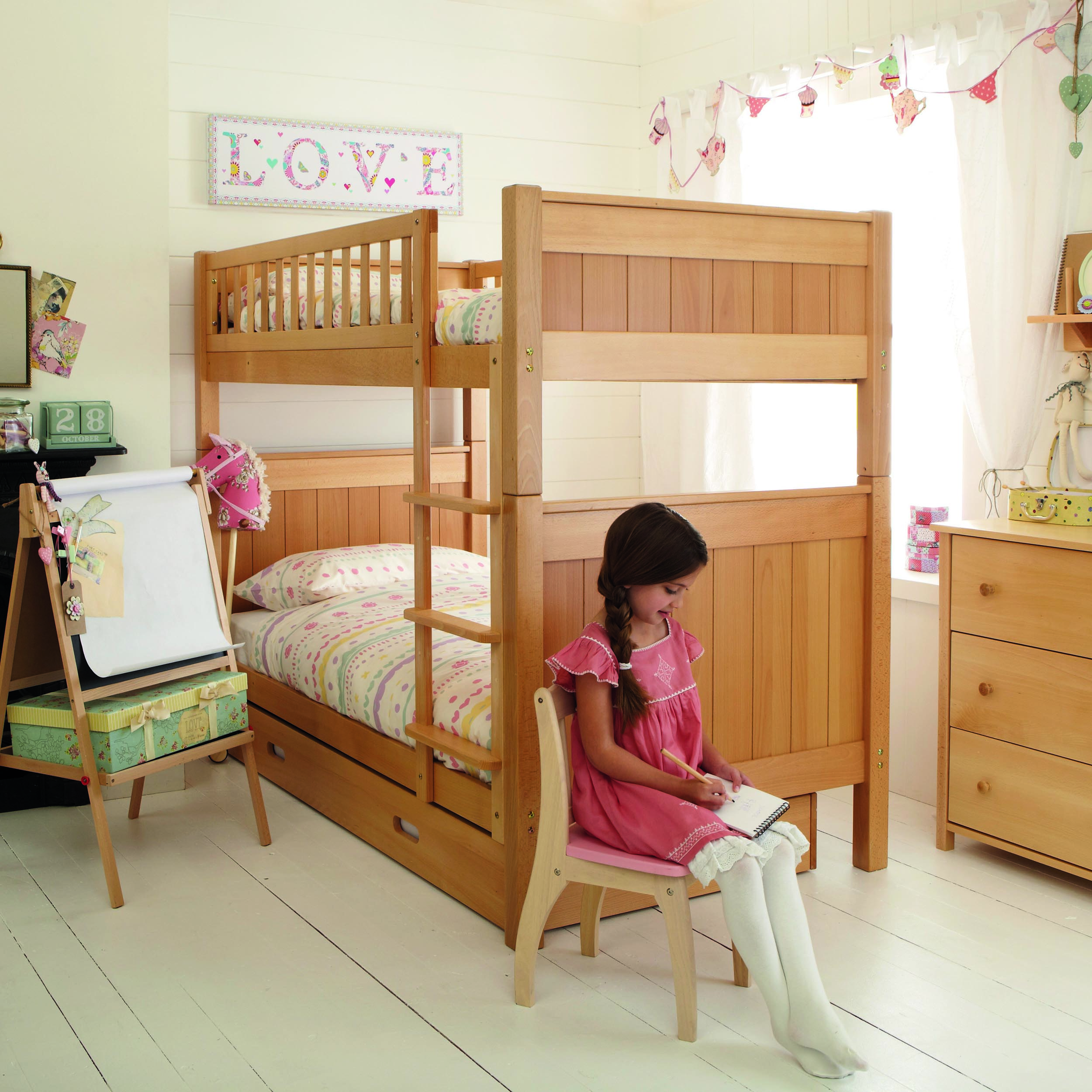 Image of: Bunk Beds For Toddlers Amazon