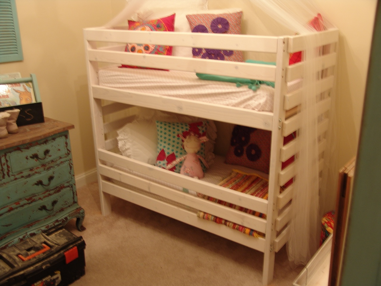 Image of: Bunk Beds For Toddlers Cheap