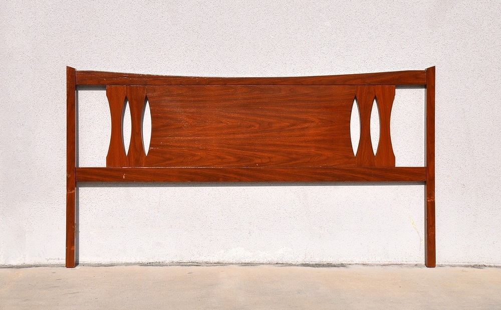 Image of: Creating Mid Century Modern Headboard